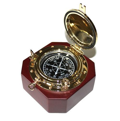 """Kompass """"Bullauge-Style"""", eckige Form"""